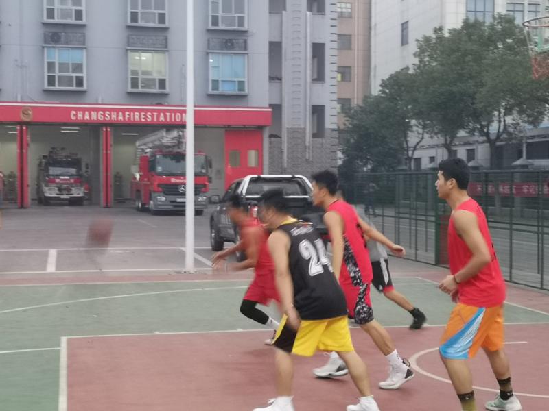 湖南建桥体育VS岳麓消防中队篮球友谊赛